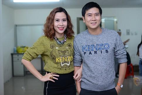 Vợ chồng Lưu Hương Giang 'đụng' áo sao quốc tế
