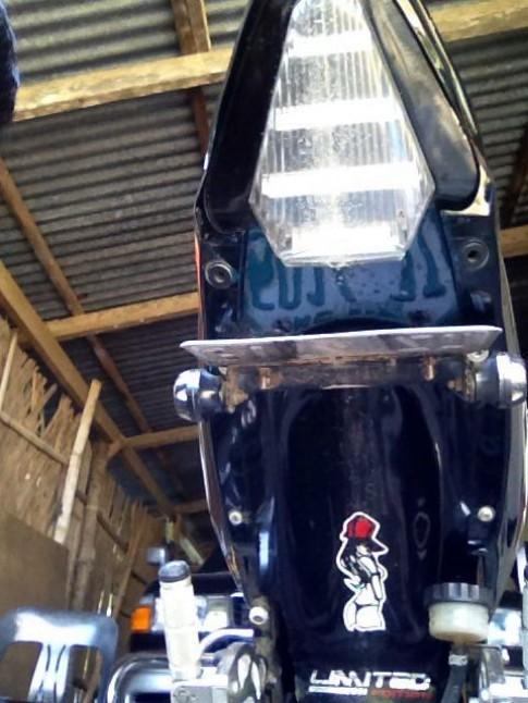 Vuốt đít R6 cho Raider 150