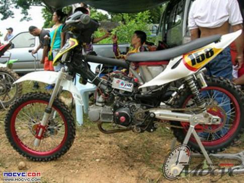 Wave Motocross sieu doc hai