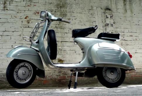 Xe co Vespa 150 Sprint 1966 hang hiem o Viet Nam