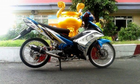 Yamaha Exciter kieng nhe cua sinh vien Sai Gon