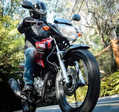 Yamaha Fazer 150 phiên bản 2016 ra mắt tại Brazil