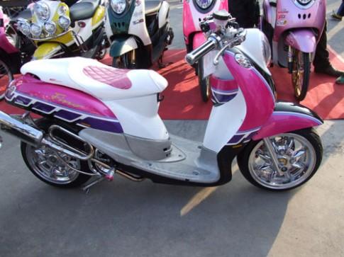 Yamaha Fino hong dang yeu