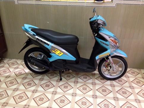Yamaha Luvias phong cách Petronas nổi bật