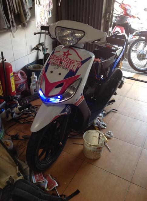Yamaha Mio ong vua nuoc de do khung 4val