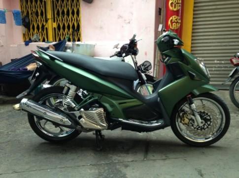Yamaha Nouvo Lx xanh nham don gian