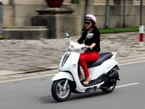 Yamaha Nozza va Honda Vision canh tranh khoc liet o tam gia 30 trieu dong