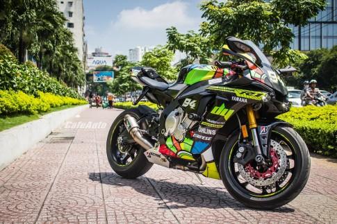 Yamaha R1 2015 tuyệt đẹp với phong cách Valentino Rossi