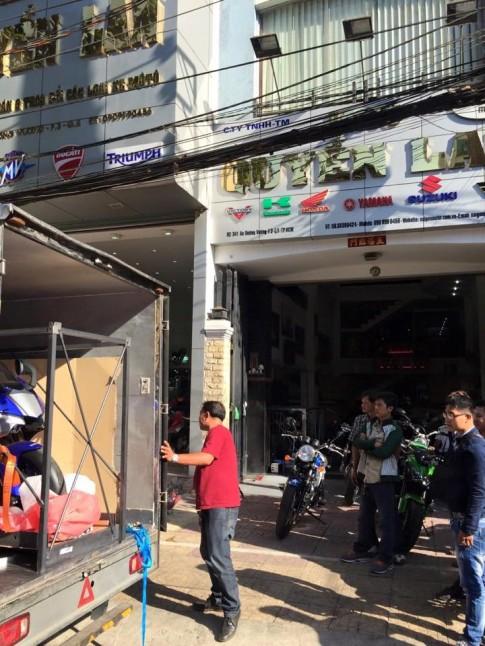 Yamaha R1 da ve Viet Nam voi gia ban 645 trieu dong