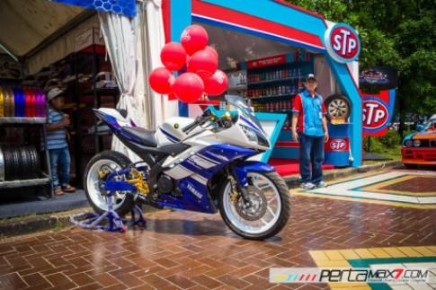 Yamaha R15 đi mâm độ R3 tại Indonesia