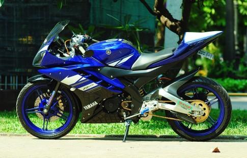 Yamaha R15 full power voi dan do choi