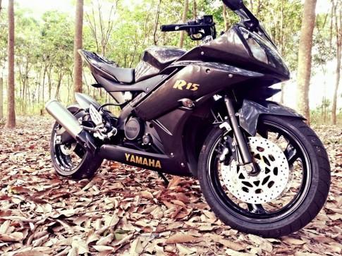 Yamaha R15 net dep cua mot chiec Sportbike co nho