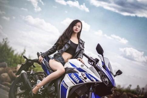 Yamaha R25 và người đẹp