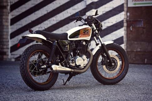 Yamaha SR400 trẻ trung với phong cách Tracker