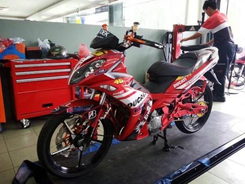 Yamaha X1R Ducati Valentino Rossi