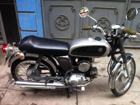 Yamaha YB-1 4-thi moi leng keng doi 2000