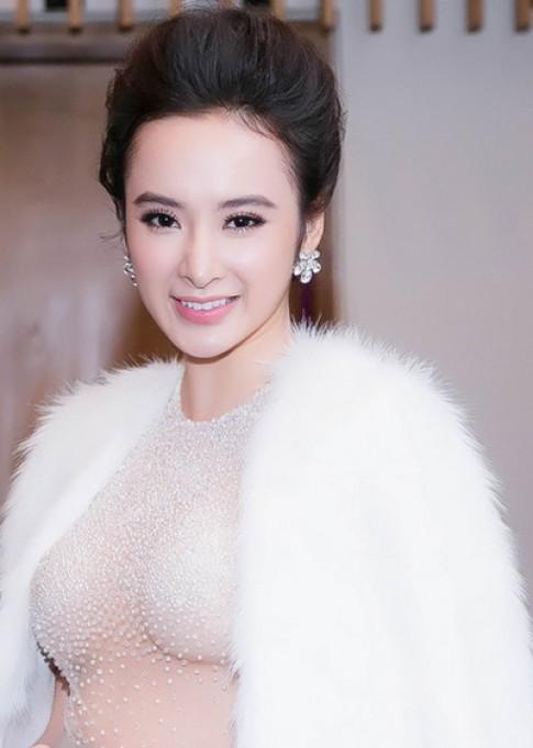 Angela Phuong Trinh, Thuy Van trang diem dep nhat tuan
