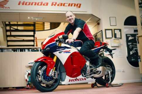 Chủ nhân đầu tiên của chiếc siêu xe mô tô Honda RC213V-S trị giá gần 5 tỷ đồng