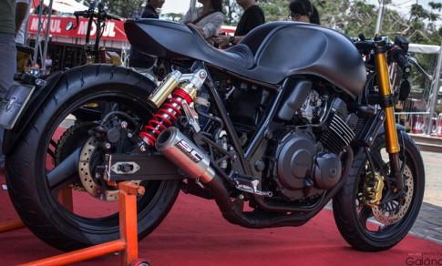 Honda CB400 do Cafe Racer phong cach moi
