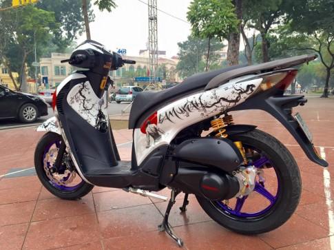 Honda SH cực ngầu cùng phiên bản samurai trên đất Hà Thành