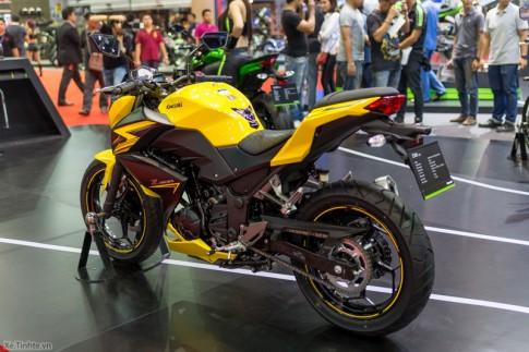 Kawasaki Z300 ban ABS se co gia 149 trieu dong, cuoi thang 1 giao xe