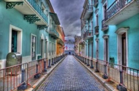 Những con phố sặc sỡ nhất thế giới
