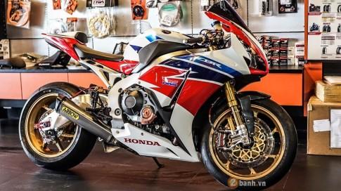 [PKL] Honda CBR1000RR SP phien ban do khung den tung chi tiet