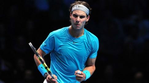 Roger Federer guc nga truoc Rafael Nadal