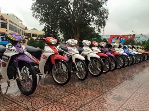 Sirius kieng nhe den tu 1 biker Pho Nui ( BMT )