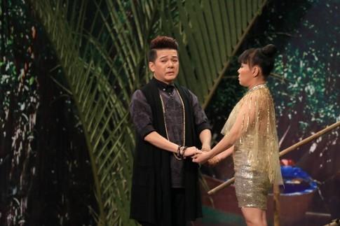 Vu Ha bat ngo tiet lo yeu tham Viet Huong tu lau