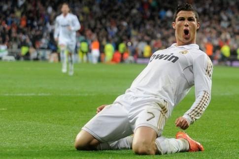 Wenger van tiec vi vo truot Ronaldo