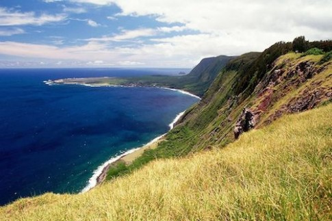 100 nam den toi tren hon dao o Hawaii