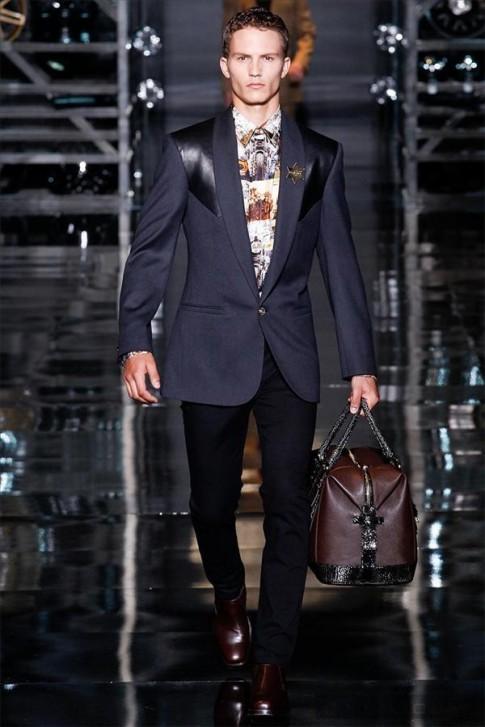BST thoi trang nam thu dong 2014 cua Versace | MFW