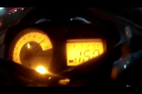 [Clip]Suzuki raider do trang dong ho 160km/h nhe nhang