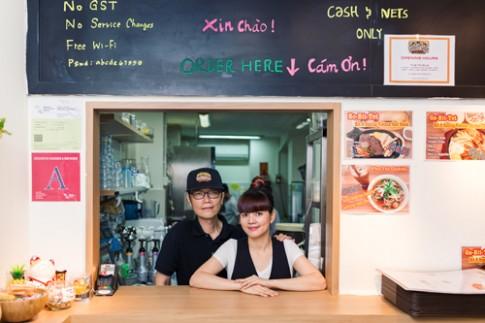 Cô gái Việt thành công với món bánh mì ở Singapore