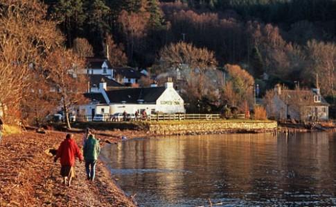 Điểm săn quái vật hồ Loch Ness được rao bán