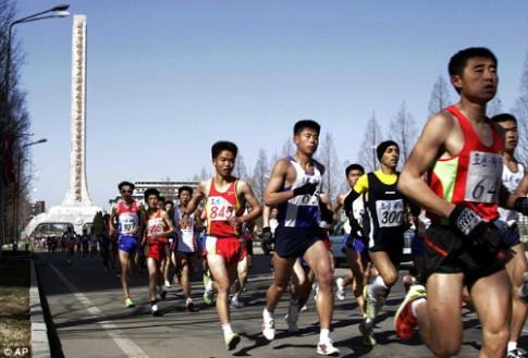 Du khách chi 2300 USD để được chạy marathon ở Triều Tiên