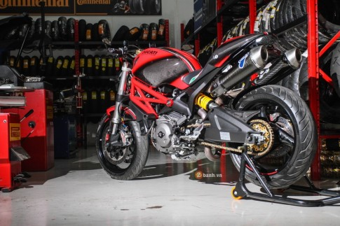 Ducati Monster 795 do do choi manh me tai Thai Lan