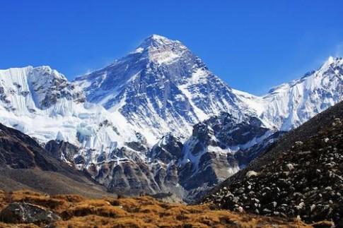 Everest - dinh nui khong the bi chinh phuc nam 2015