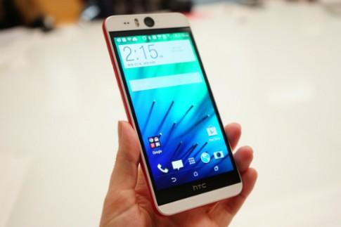 HTC Desire Eye duoc ban thang 11, gia hon 13 trieu dong
