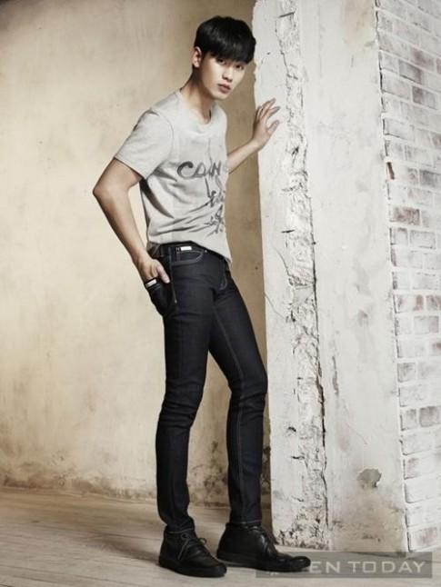 Kim Soo Hyun nam tinh trong chien dich xuan/he 2014 cua Calvin Klein