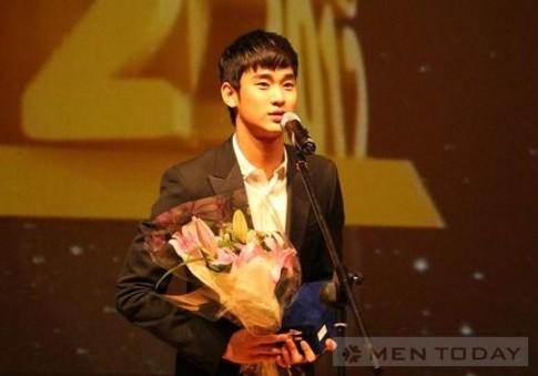 Kim Soo Hyun – Nguoi mau quang cao cua nam