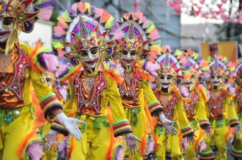 MassKara, carnival ruc ro nhat chau A