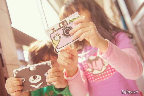 Máy ảnh kỹ thuật số làm từ giấy !!? Nhật Bản thật sáng tạo