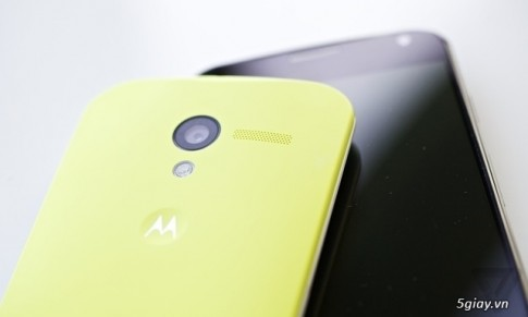 "Moto G ""dap chet"" iPhone gia re"
