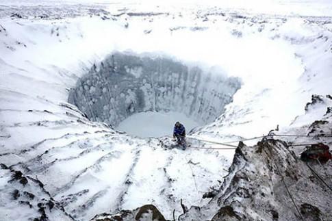 Phát hiện thêm nhiều miệng hố bí ẩn ở Siberia