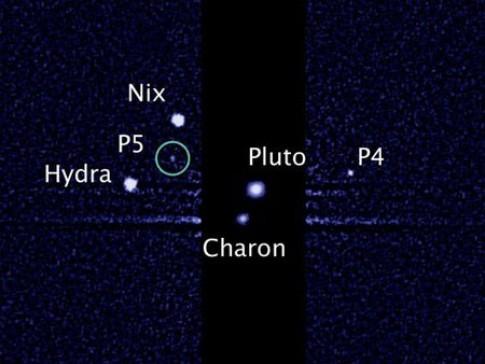 Phat hien ve tinh thu 5 quay quanh sao Diem Vuong