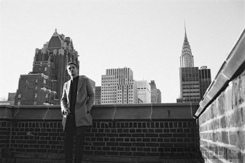 Robert Pattinson goi cam trong clip quang cao cua Dior Homme