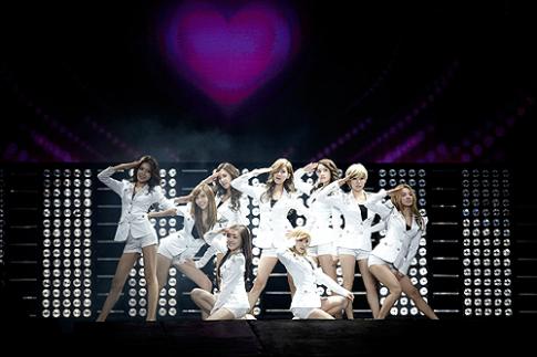 Tour di xem K-Pop cho teen Viet