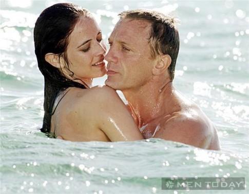 "Tuyet chieu James Bond chinh phuc Vesper Lynd trong ""Casino Royale"" (P3)"
